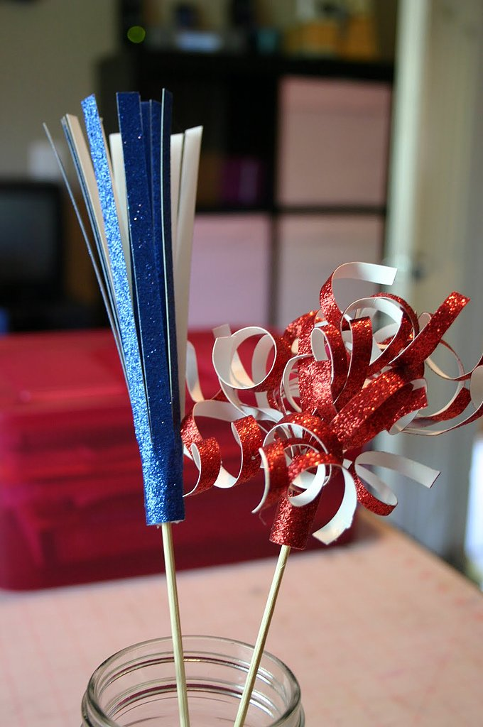 Make This: Fireworks Centerpiece