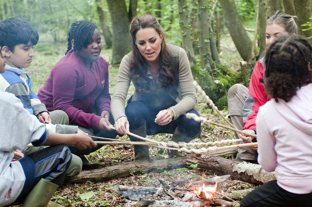 In June 2012, Kate put her camping skills to the test during a visit to an outdoor camp in Wrotham.