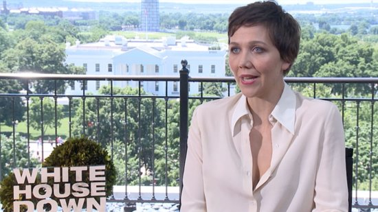 "Video: Mom Maggie Gyllenhaal Gets Through City Summers With Her Makeshift ""Bathtub"" Pool"