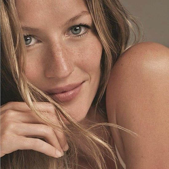 Gisele Bündchen showed off her freckles and glowing skin. Source: Instagram user giseleofficial