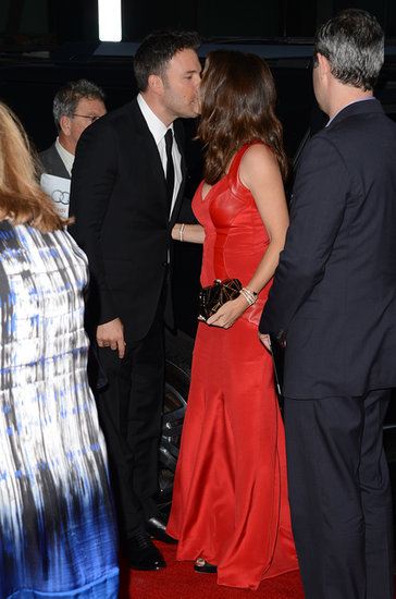 Jennifer Garner gave Ben Affleck a kiss at the October 2012 premiere of Argo in Beverly Hills.