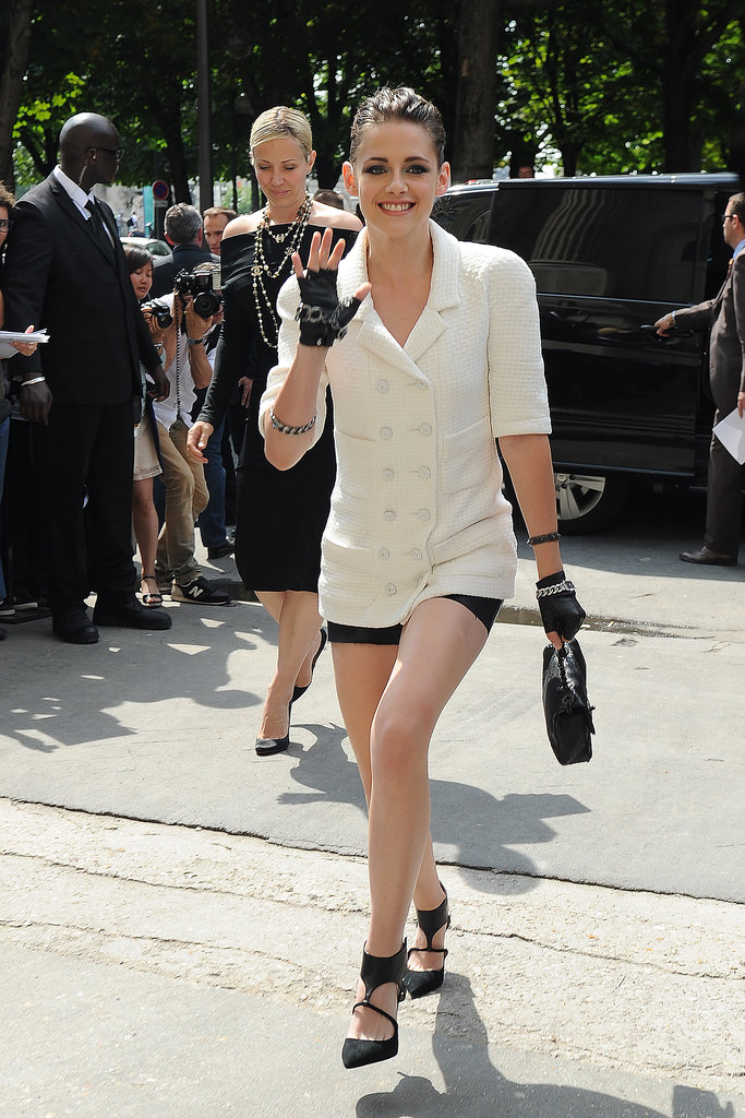 Kristen Stewart popped up in Paris for the Chanel show during Paris Haute Couture.