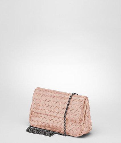 Petale intrecciato nappa messenger mini bag