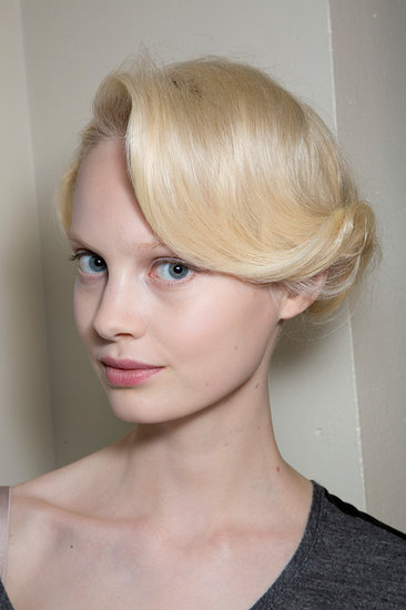The models at Giorgio Armani Privé wore a '20s-inspired beauty look with silvery lids and rosy lips.