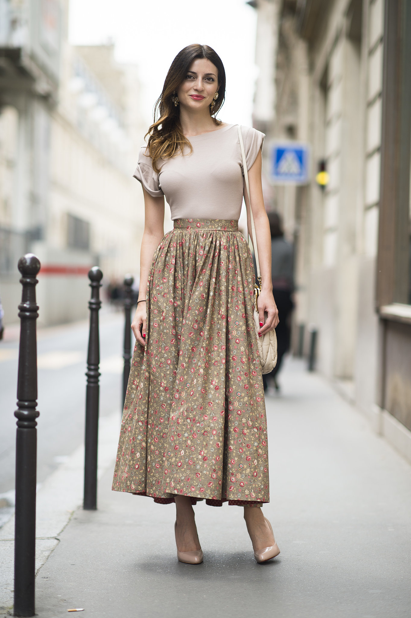 A billowy long skirt looked sleek when styled with a tight and tucked-in tee. Source: Le 21ème | Adam Katz Sinding