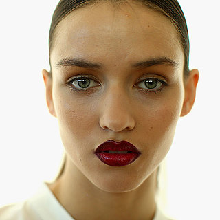 How to Find the Right Lipstick For Skin Tone