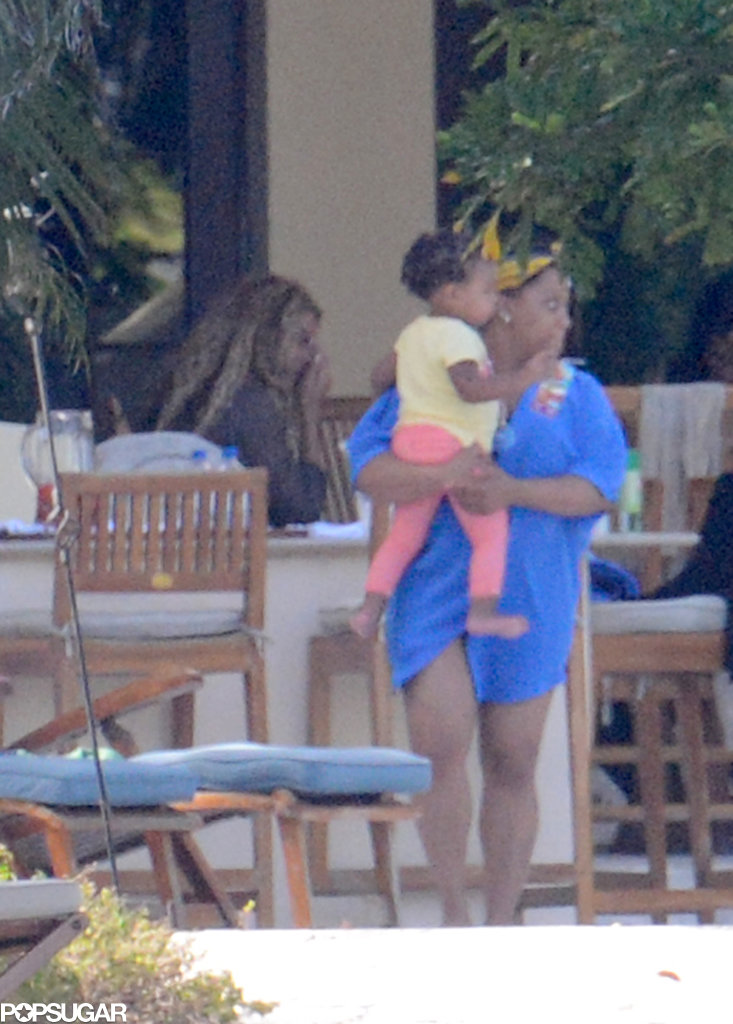 Exclusive: Beyoncé and Blue Ivy Relax Poolside in Miami!