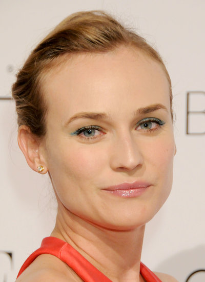 Diane accented her eyes with turquoise eyeliner at the Elle 17th Annual Women in Hollywood Tribute in 2010.