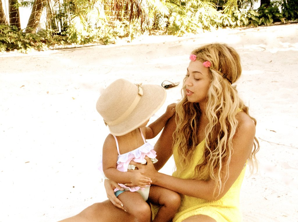 Beyoncé Knowles and Blue Ivy relaxed on a beach. Source: Tumblr user Beyoncé