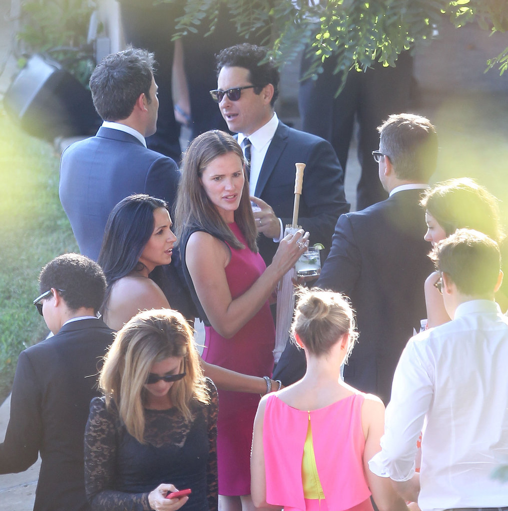 Jennifer Garner chatted with Luciana Damon, Matt Damon, and J.J. Abrams at the July 2013 wedding for Jimmy Kimmel.