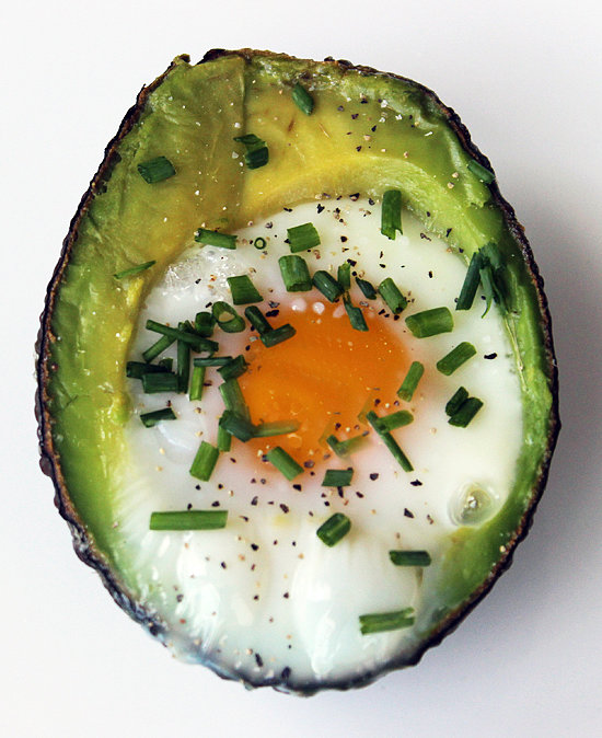 Eggs: Paleo Baked Egg in Avocado
