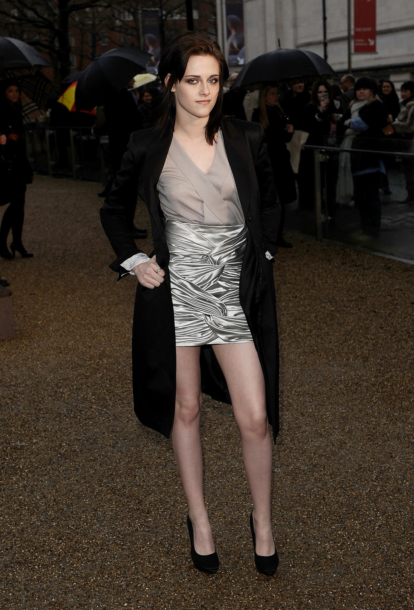 During London Fashion Week Autumn/Winter 2010, Stewart made a statement in a metallic silver Burberry miniskirt.