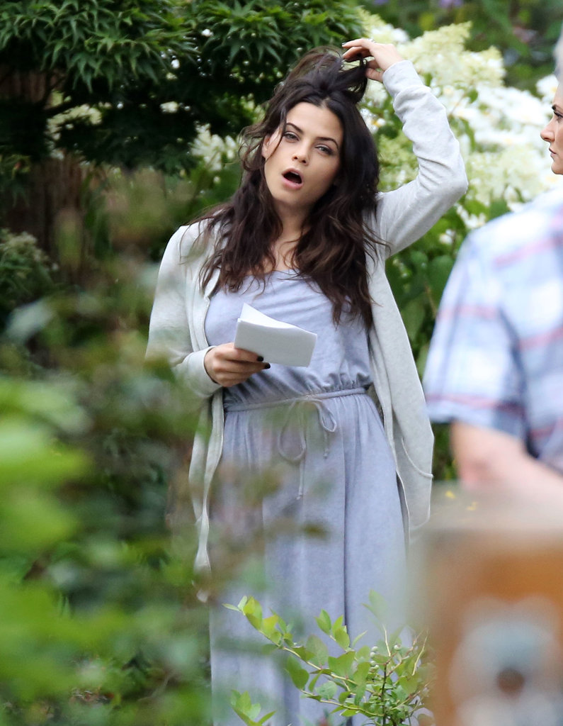 Jenna Dewan relaxed during a lull in the action.