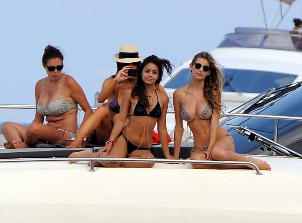 Vanessa Hudgens posed with friends on the boat deck.