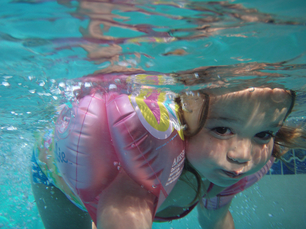 The 5 Best Flotation Devices For Nonswimmers