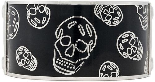 Alexander McQueen Enamel Skull Bracelet in Black