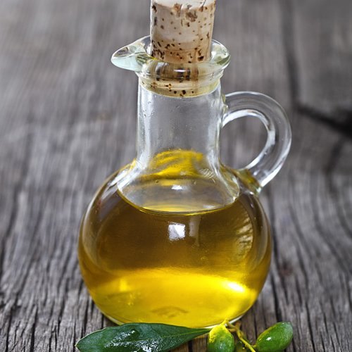 5 Ways to Use Olive Oil For Beauty