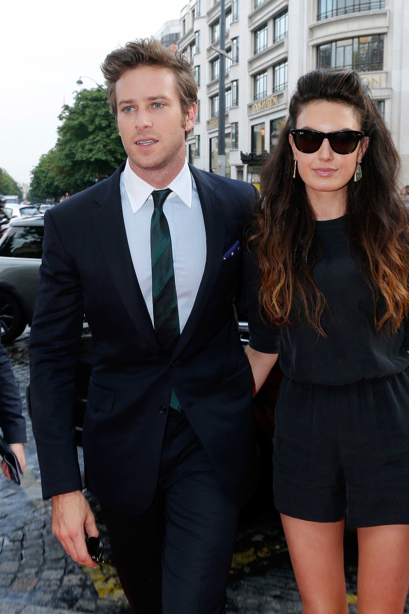 Armie Hammer and Elizabeth Chambers walked onto the Paris ...