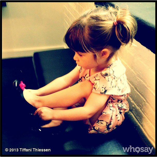 Harper Smith tried on some shoes with her mama, Tiffani Thiessen. Source: Instagram user tathiessen