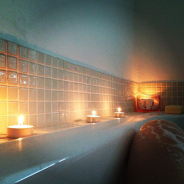 Take a Candlelit Bubble Bath Why it works: It may be a cliché, but there's a reason the bubble bath is a sexy go-to. Not only is it totally relaxing, but bubbles and candles are the perfect recipe for feeling a little racy. Source: Instagram user erweskin