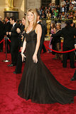 For the 2006 Academy Awards, Jennifer kept her hair and chic, black gown simple in order to highlight her dazzling platinum and diamond necklace.
