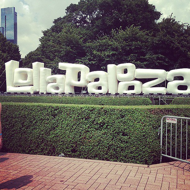 Chicago's Grant Park had many beautiful attractions, but none were more photographed than the giant Lollapalooza balloon letters. It was the official spot for festivalgoers' Instagrams. Source: Instagram user POPSUGARFashion