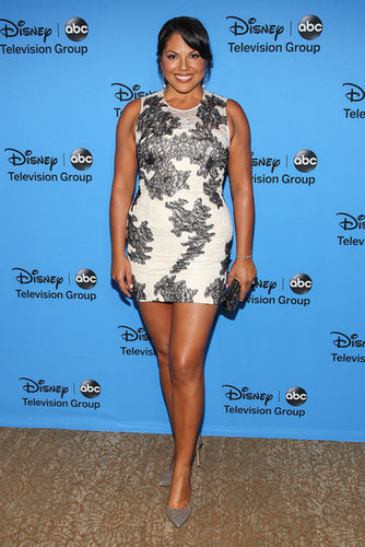 Sara Ramirez showed up at the party in a printed minidress.