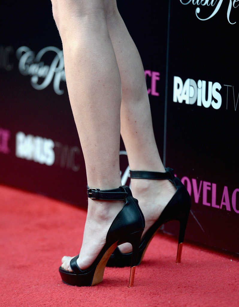 Amanda stepped up her look with a pair of sexy ankle-strap heels at the Hollywood premiere of Lovelace.