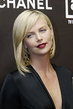 At the 12th annual Premiere Women in Hollywood Awards, Charlize stunned with simple black eyeliner and a matte, deep-red lip look.