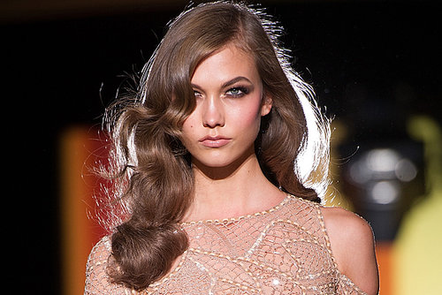 "Karlie Kloss Can't Book Runway Shows Because She's ""Too Famous"""