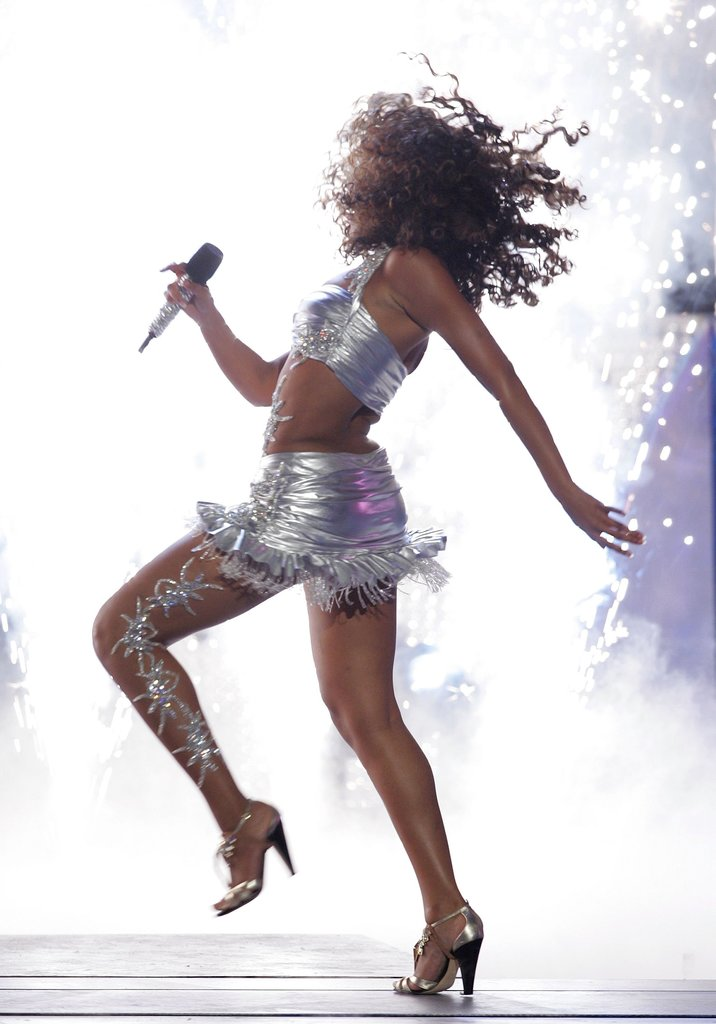 Back in 2006, Beyoncé was whipping her hair hard at the BET Awards.