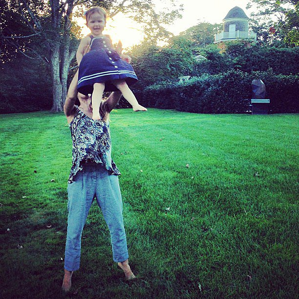 Haven Warren got a lift from her mom, Jessica Alba, at the end of the family's first day of vacation. Source: Instagram user cash_warren
