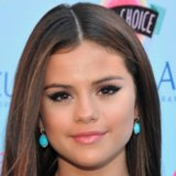 Teen Choice Awards Beauty: Selena Gomez's Sexy Cat Eye