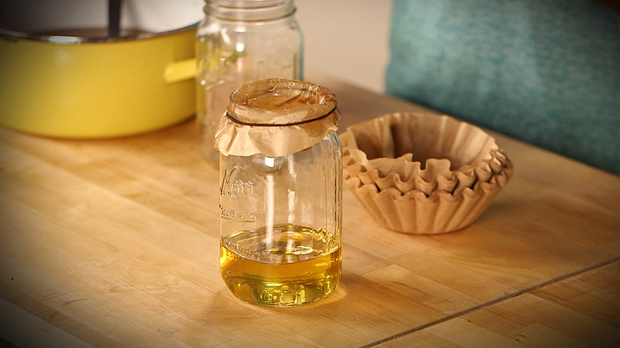 Kitchen Solutions: What to Do With Leftover Oil