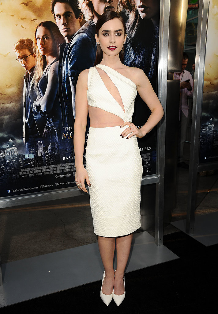 She started with the crop top, then gave us this slashed-top Cushnie et Ochs sheath at the LA premiere of The Mortal Instruments.