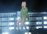 Beyoncé Knowles showed off her new blond bob on stage.