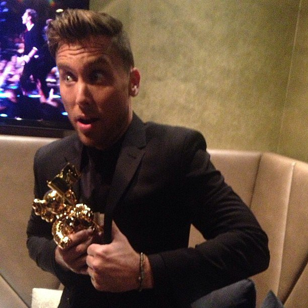 "Lance Bass attempted to take off with Justin Timberlake's Video Vanguard statue and added the caption, ""He did say he was sharing this right?!"" Source: Instagram user lancebass"
