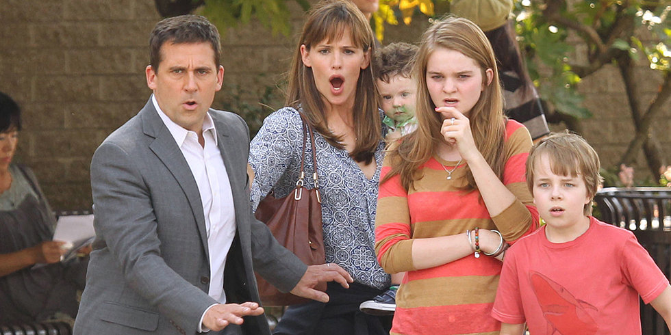 Jennifer Garner, Steve Carell, Milla Jovovich, and More Stars on Set