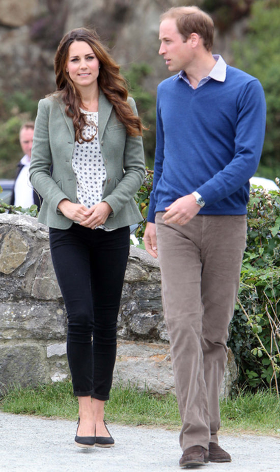 Kate Middleton First Post Baby Appearance Outfit