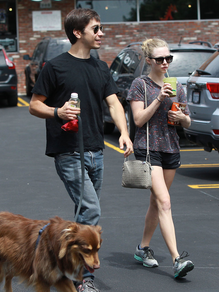 Justin Long went with Amanda Seyfried to get her dog groomed in LA.