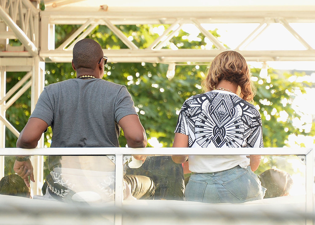 Beyoncé and Jay Z hung out backstage at the Made in America Festival in Philadelphia.