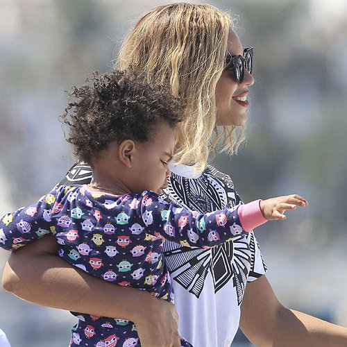 Beyonce on a Yacht With Blue Ivy | Pictures
