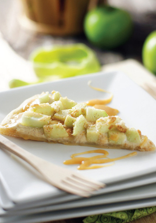 Apples: Caramel Apple Pizza