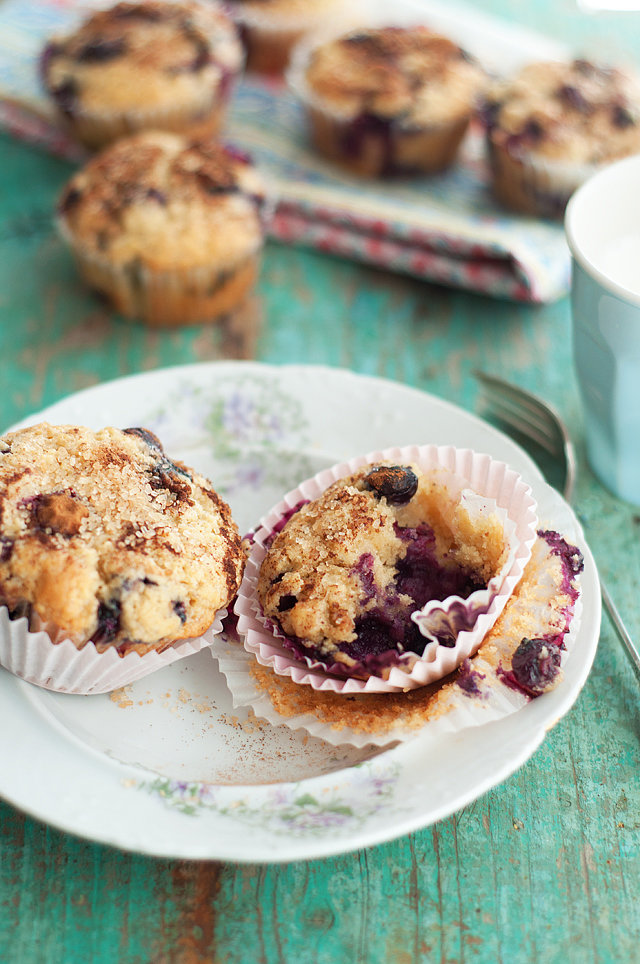 Blueberry Lemon Muffins With Cinnamon Sugar Topping