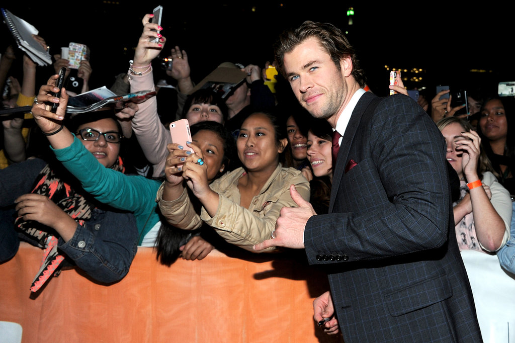 Chris Hemsworth took a moment for his fans.