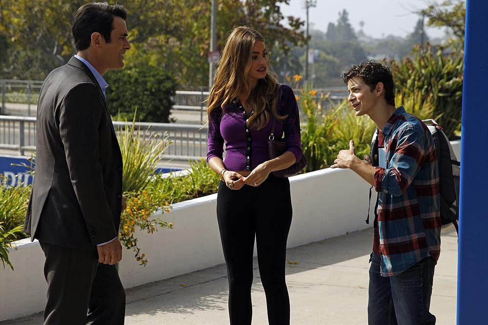 Modern Family Ty Burrell, Sofia Vergara, and Caleb Thomas on the season premiere of Modern Family.