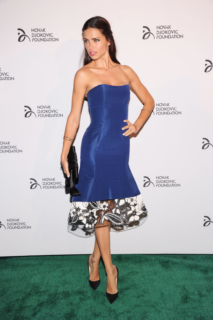 Adriana Lima posed at the Novak Djokovic dinner in NYC.