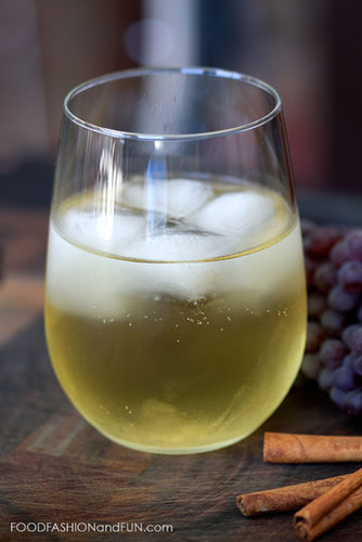 Bottoms Up | Spiced White Grape Cocktail