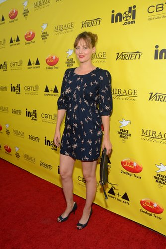 Bijou Phillips hit the red carpet for the Peace Through Music Gala in an easy printed style.