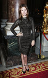 Anna Kendrick amped up the sex appeal in a lacy LBD at Julien Macdonald.